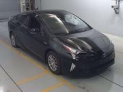Лифтбек гибрид Toyota Prius кузов ZVW51 модификация A гв 2017